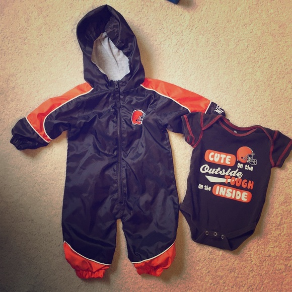quality design ffa54 3ad5d Cleveland Browns baby bundle 🏉
